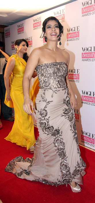 kajoltanisha mukhrjee at vouge beauty award.