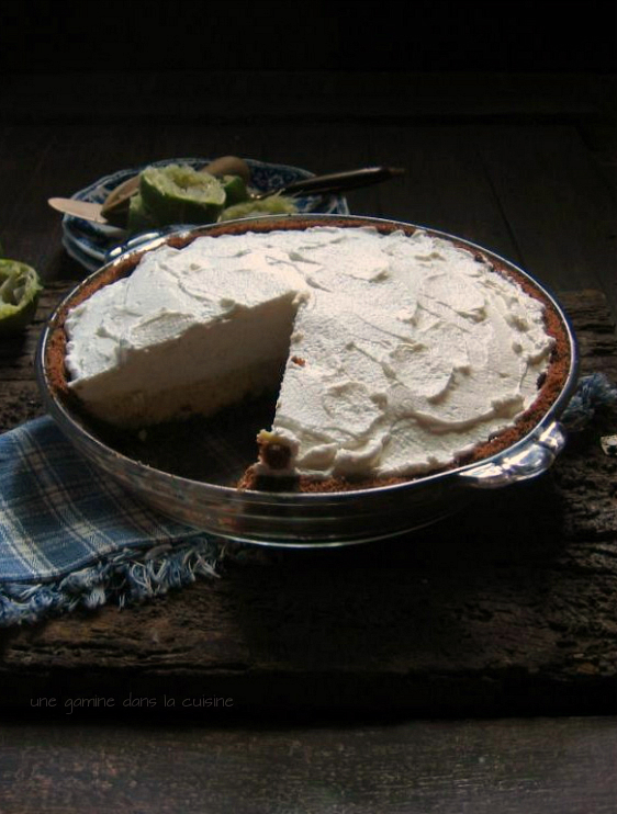 key lime pie with cornmeal-cocoa graham crust | une gamine dans la cuisine