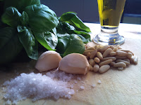 pesto alla genovese, albahaca, salsa pesto, salsas italianas italian ,  italian'ssauce