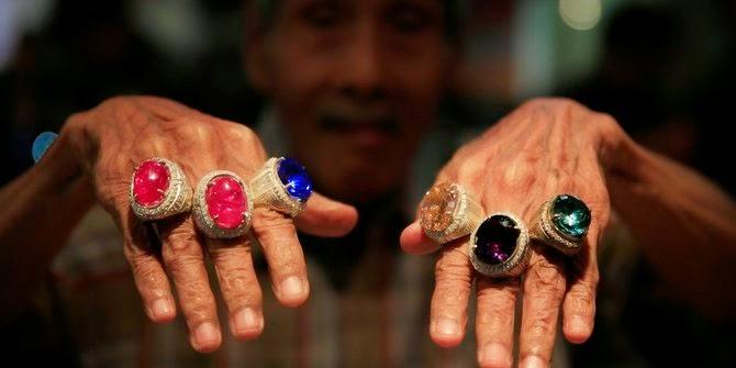 Batu akik untuk cinderamata KAA Bandung mulai dibuat