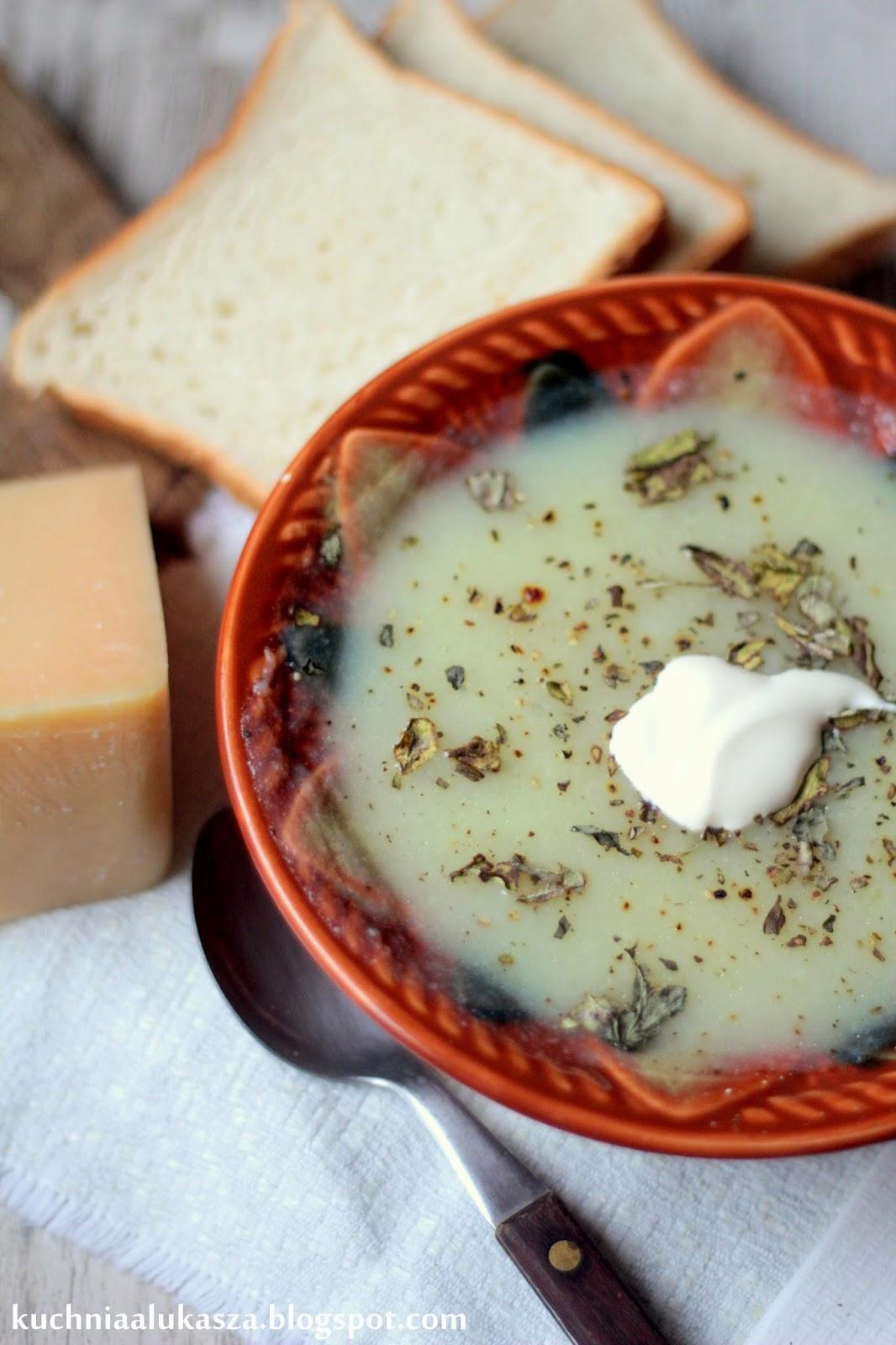 Kalafiorowa zupa krem.
