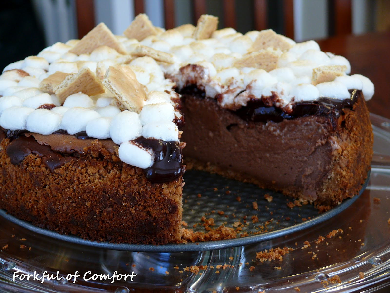 Forkful of Comfort: S'mores Cheesecake