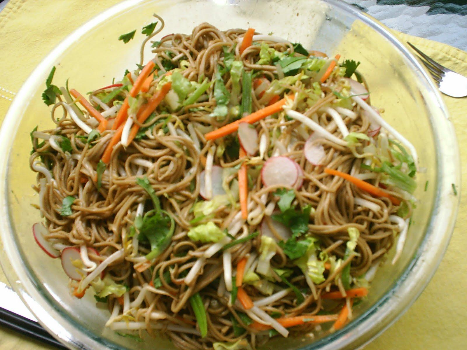Moolicious Kitchen: Cold Soba Noodle Salad