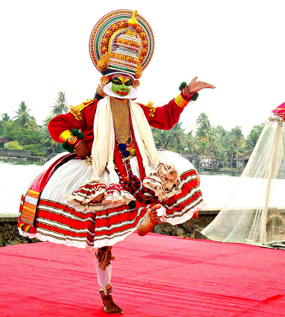 traditional tour manager kerala