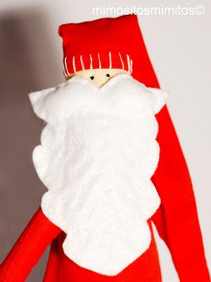 muñeco de tela y trapo para regalar en Navidad, jugar o adornar