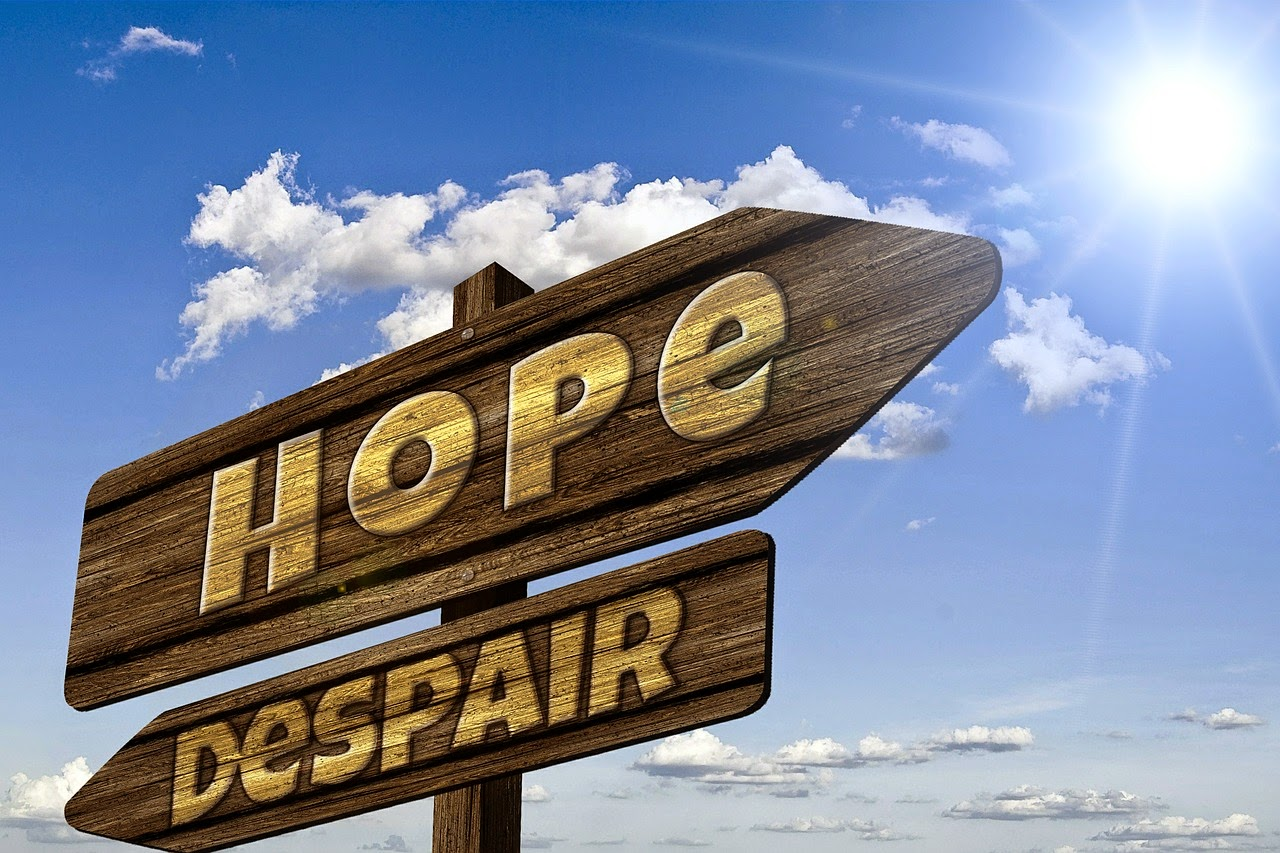 hope and despair sign from pixabay
