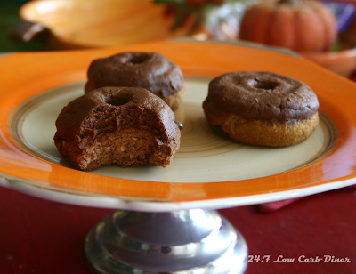 Pumpkin Fudge Mini Doughnuts