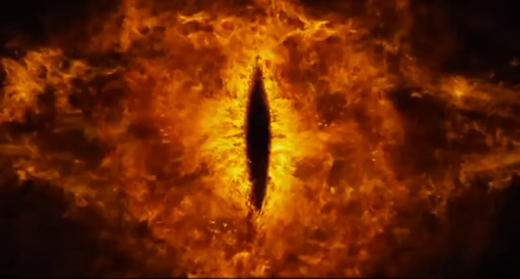 Eye of Sauron The Hobbitt an Unexpected Journey 2013 movieloversreviews.blogspot.com