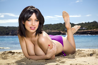 Sophie Howard Sexy Pictures 008