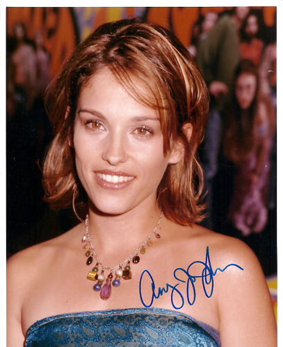 Could've temple of amy jo johnson she great