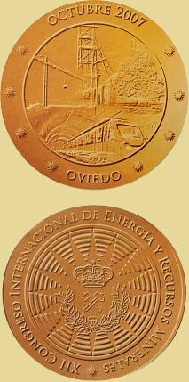 Medalla del Congreso Internacional de Energía y recursos minerales en Oviedo