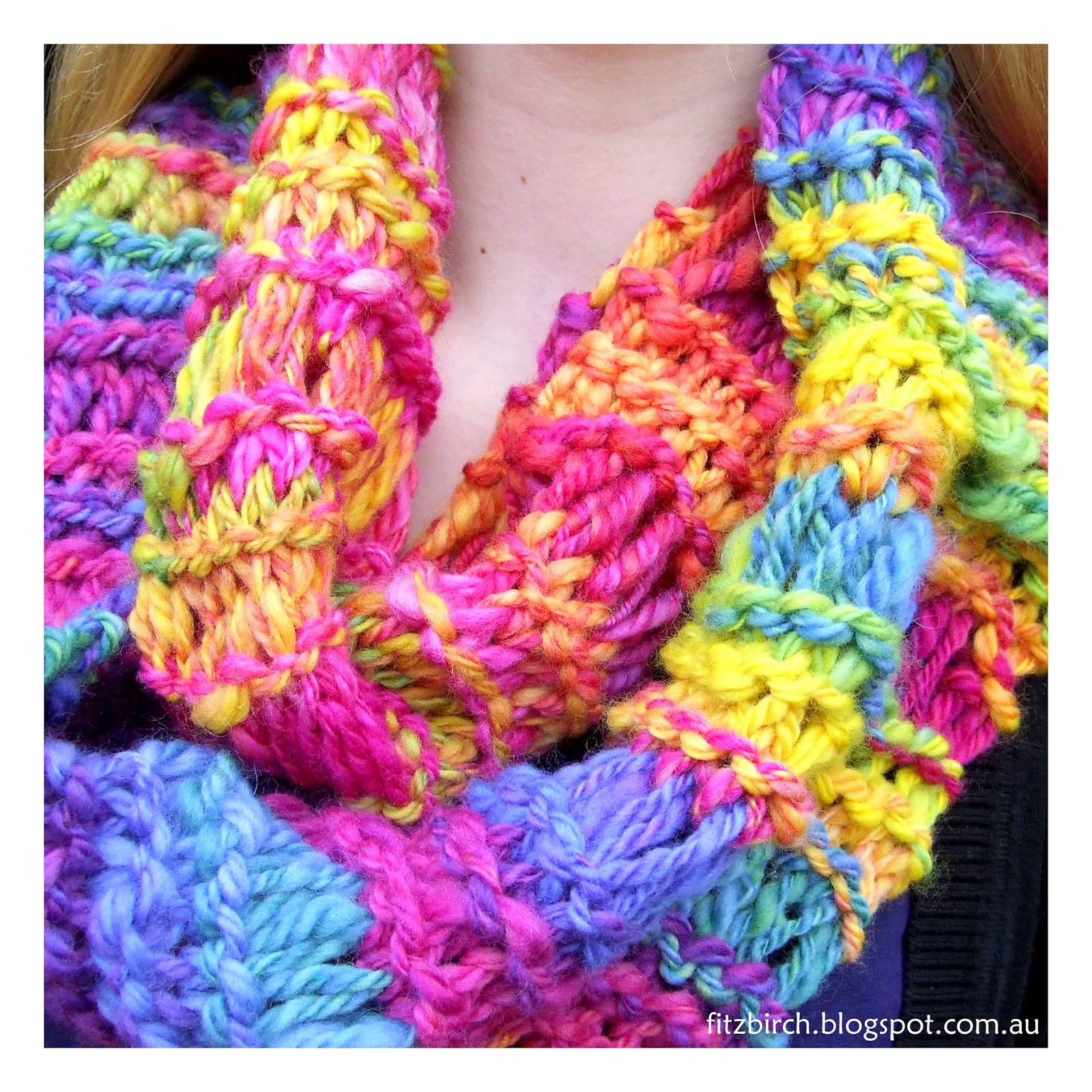 Knit Scarf Pattern Homespun Yarn : FitzBirch Crafts: Homespun Cowl