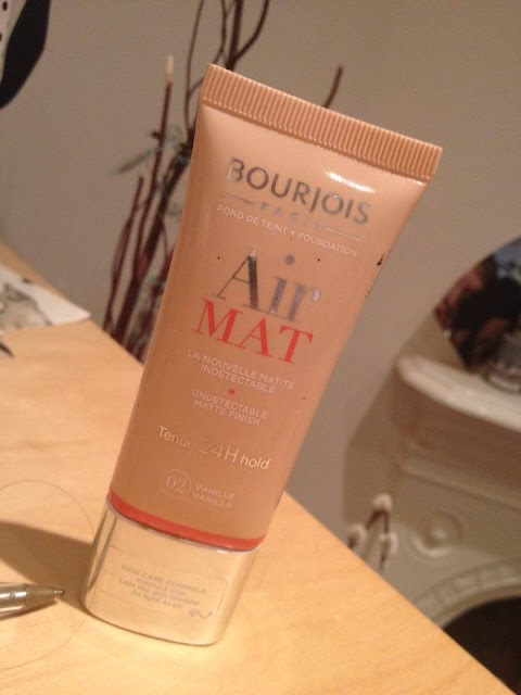 The Best Lightweight Foundation There Is? Bourjois Air Mat Foundation
