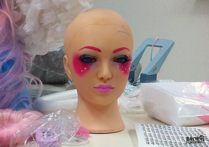 Tête à maquiller