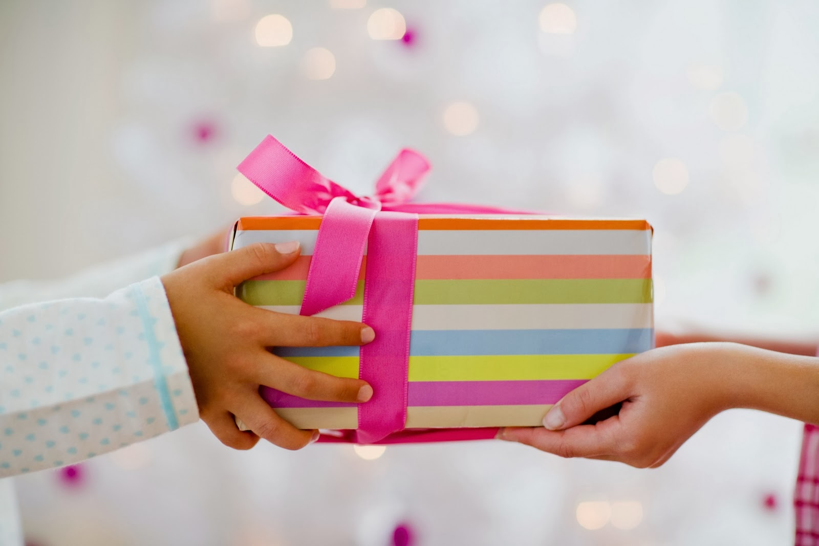 Подарок другу руками фото
