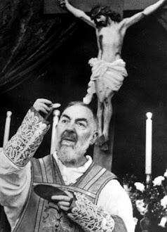 São Pio de Pietrelcina, ora pro nobis!