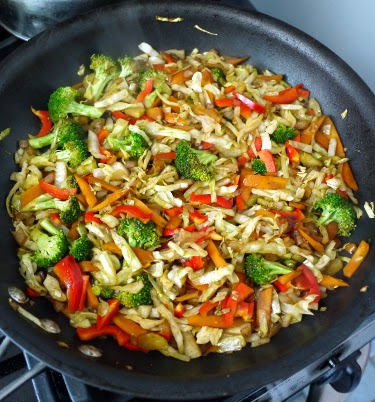 tofu and vegetable stirfry with peanut butter