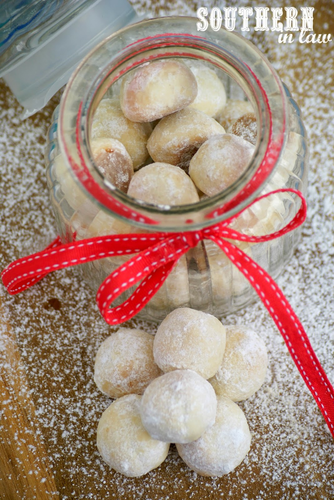 Gluten Free Snowball Cookies Recipe - low fat, low sugar, gluten free, egg free, healthy - Christmas Cookie Gift Ideas in a Jar