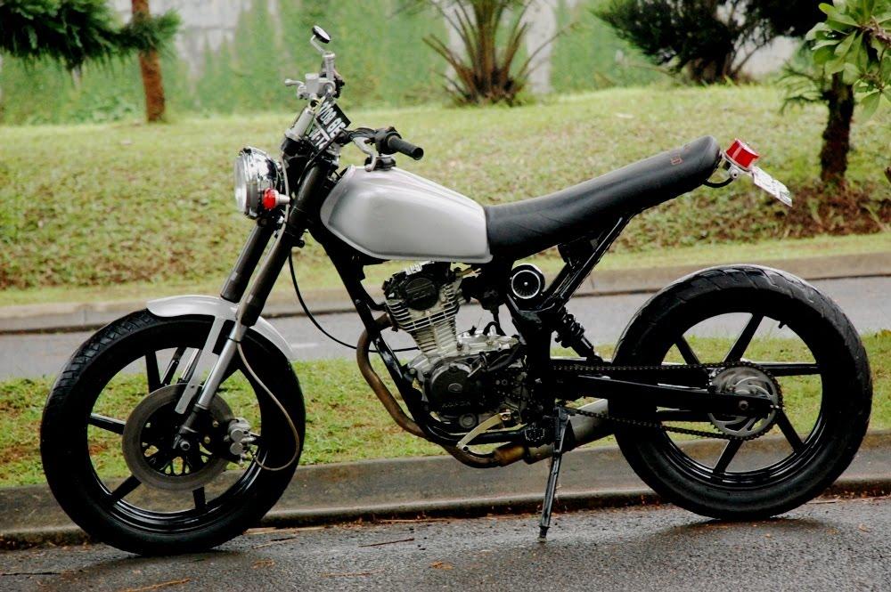 Best Modifikasi Motor Honda CB 125 Jap Style