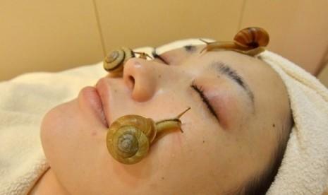 Salon Di Jepang tawarkan facial siput