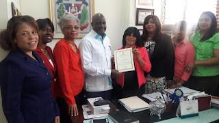 Ministerio de Educación reconoce Colegio Cooperativa Loyola en San Cristóbal