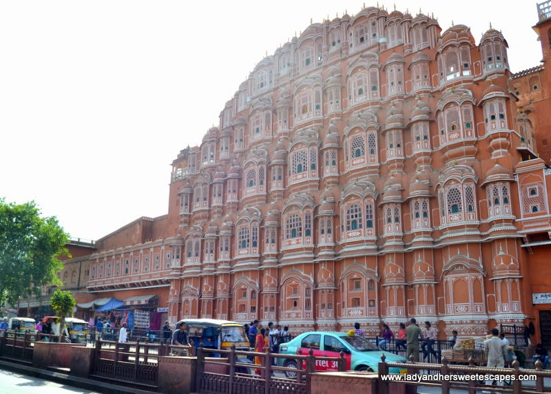 Hawa Mahal along the narrow streets of The Pink City