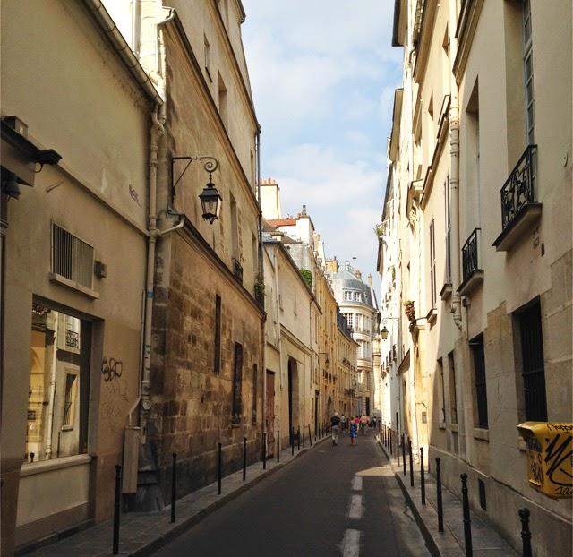 Rue de Paris - le Marais ©lovmint