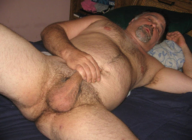 burlyfurrymen1000_8 Hairy Chubby Daddy Men