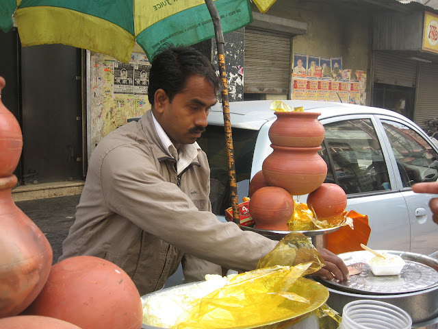 makhan vendor in Kanpur
