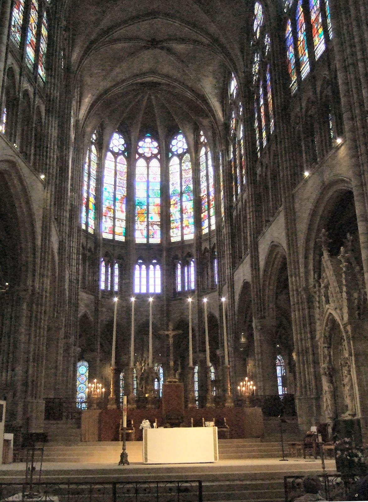 Abbey of Saint-Denis (Paris). Basilica of Saint-Denis. Sights of France 52