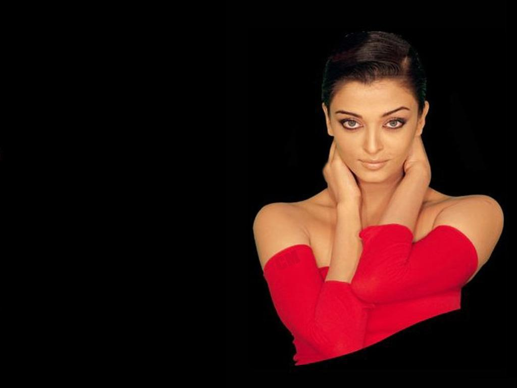 Beautiful Aishwarya Rai Sexy