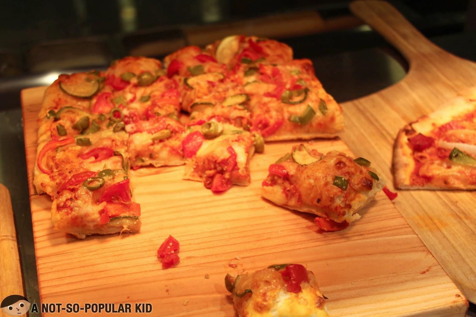 Pizza in Vikings Buffet in SM Megamall