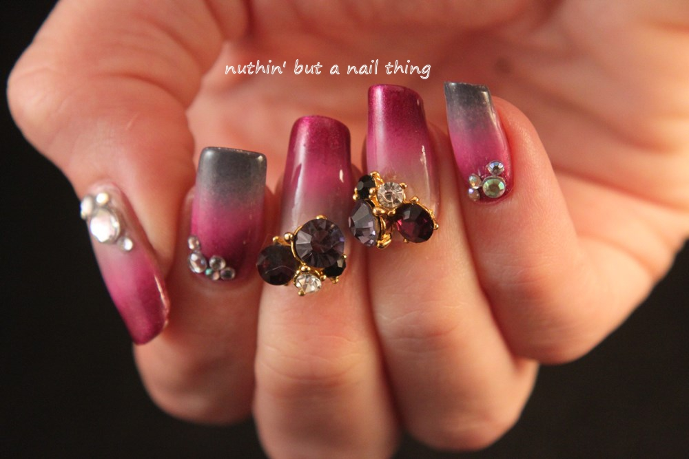 nuthin\' but a nail thing: Bling gradient nail art