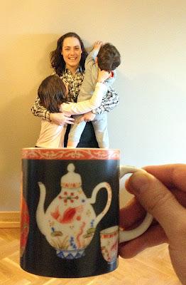 No sin mis hijos in a mug