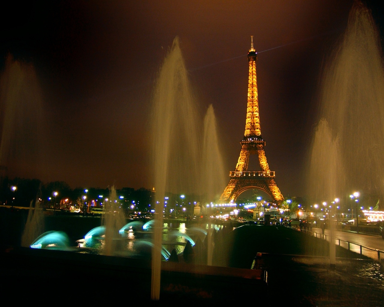 The eiffel tower light show timings best size hd photos free eiffel tower paris france best quality full hd wide screen digital wallpapers gallery for desktop pa laptop monitor dual screen background free download voltagebd Gallery