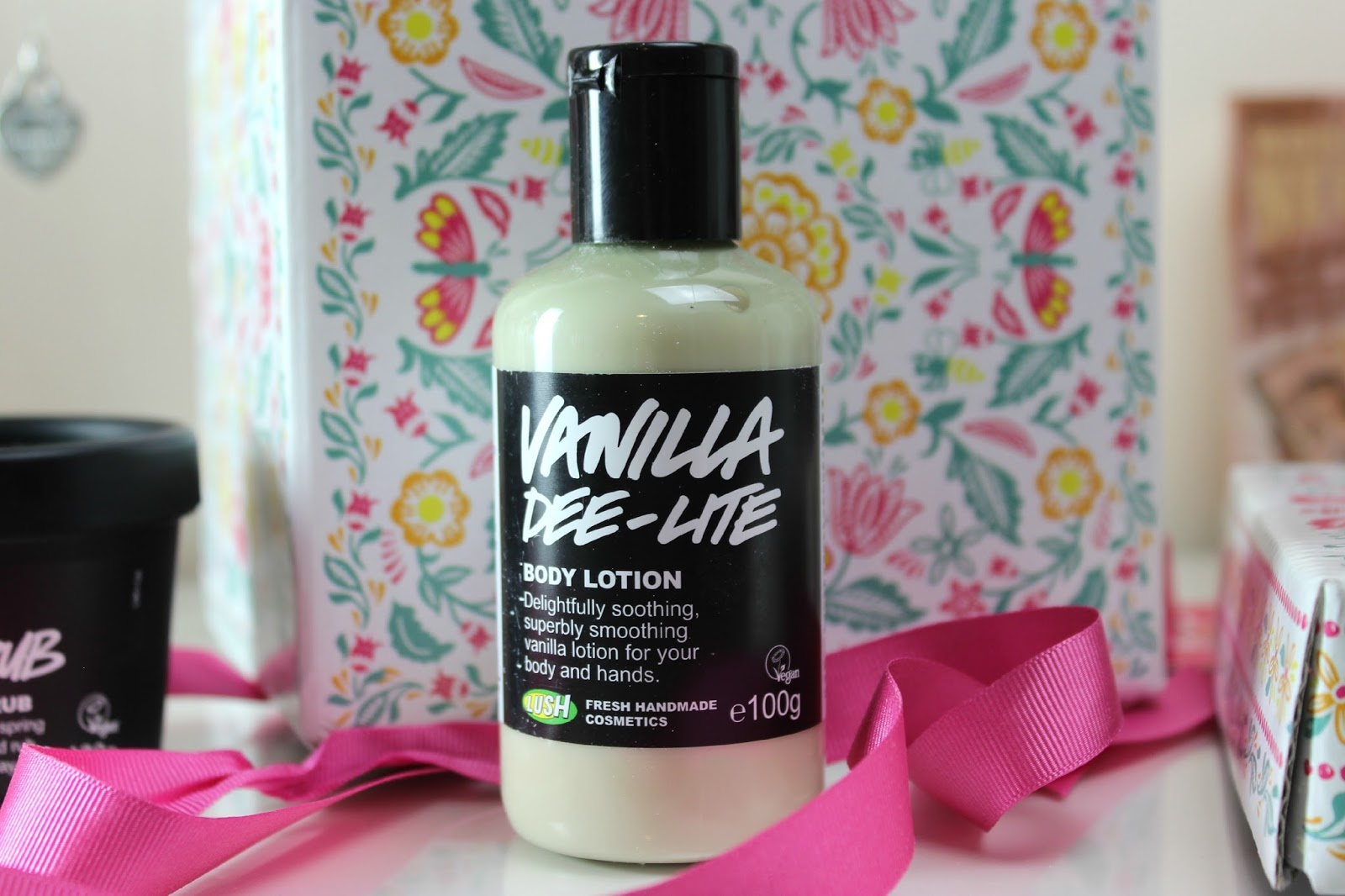 A picture of Lush Vanilla Dee-Lite Body Lotion