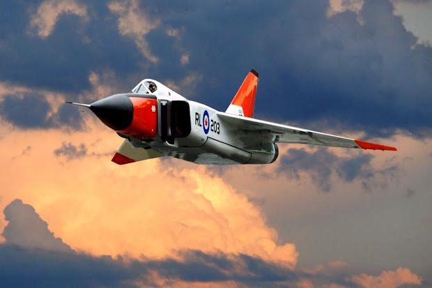 Avro Canada CF-105 Arrow (Gambar 1). PROKIMAL ONLINE Kotabumi Lampung Utara