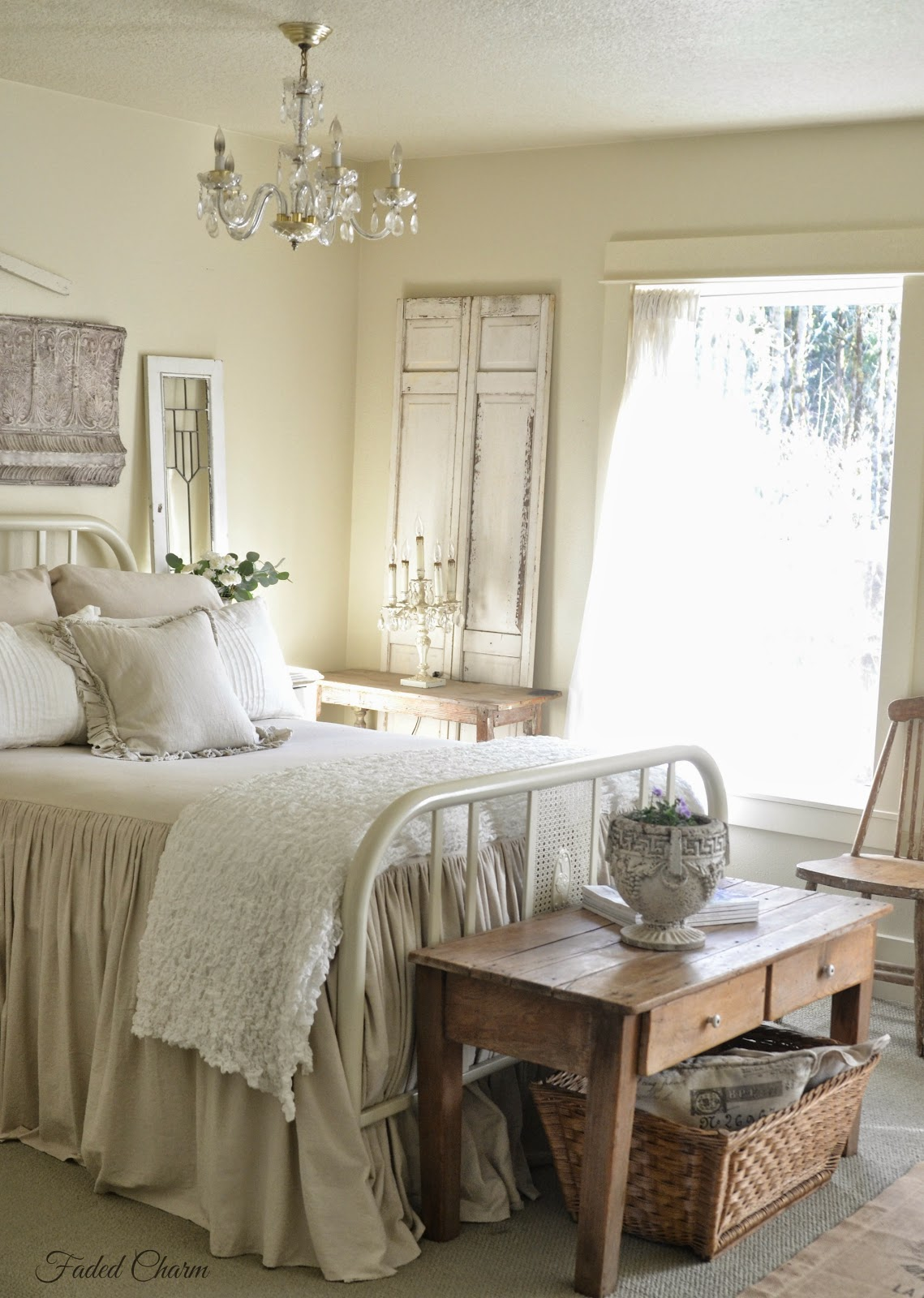 Faded Charm Sweet Scents In The Bedroom