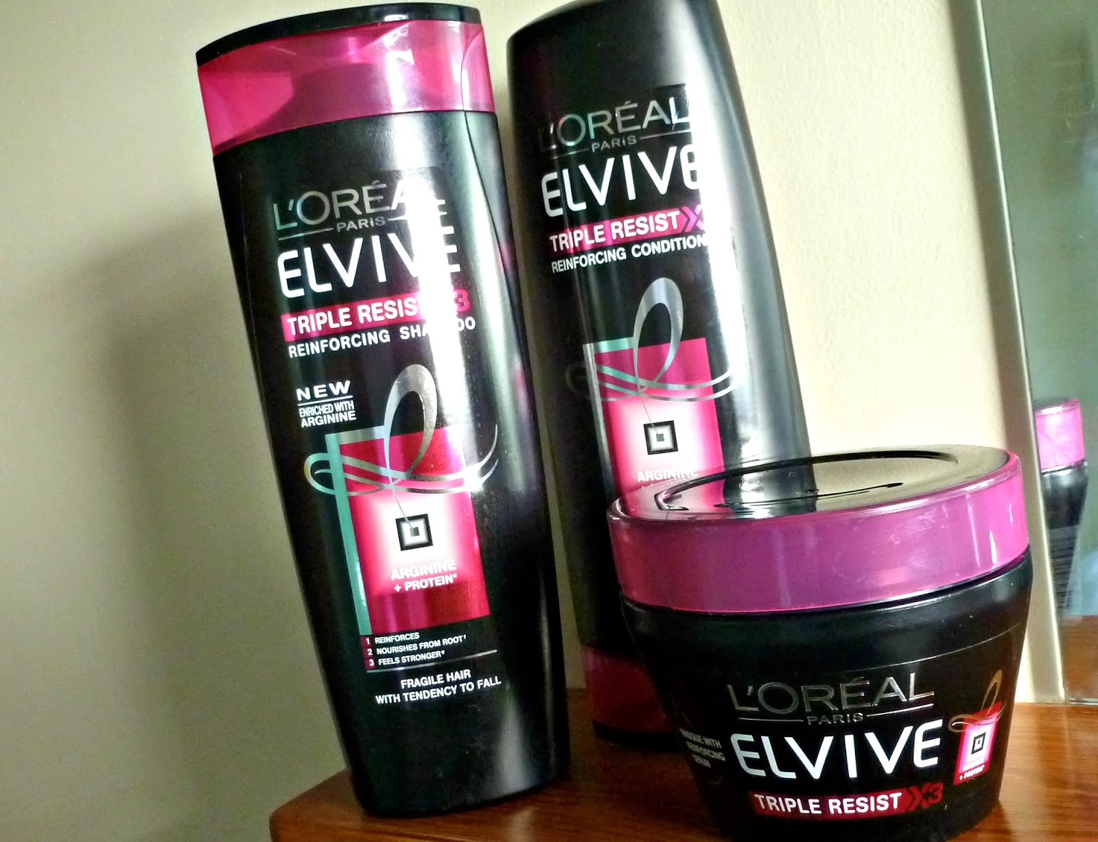 A picture of L'Oreal Elvive Triple Resist