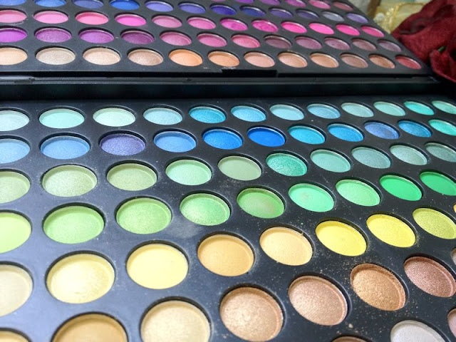 168 Pro Full Color Eyeshadow Palette from Sedona Lace review