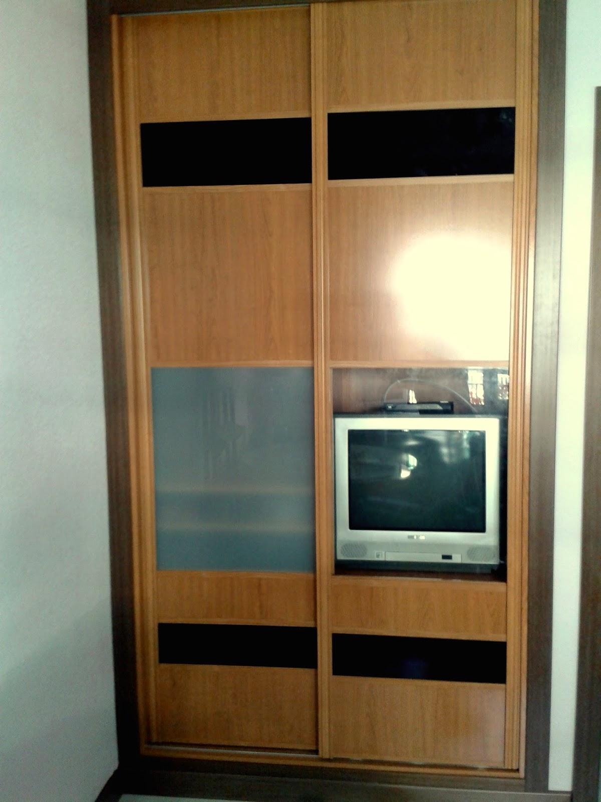 Armarios vestidores puertas y tarimas - Armarios para sala de estar ...