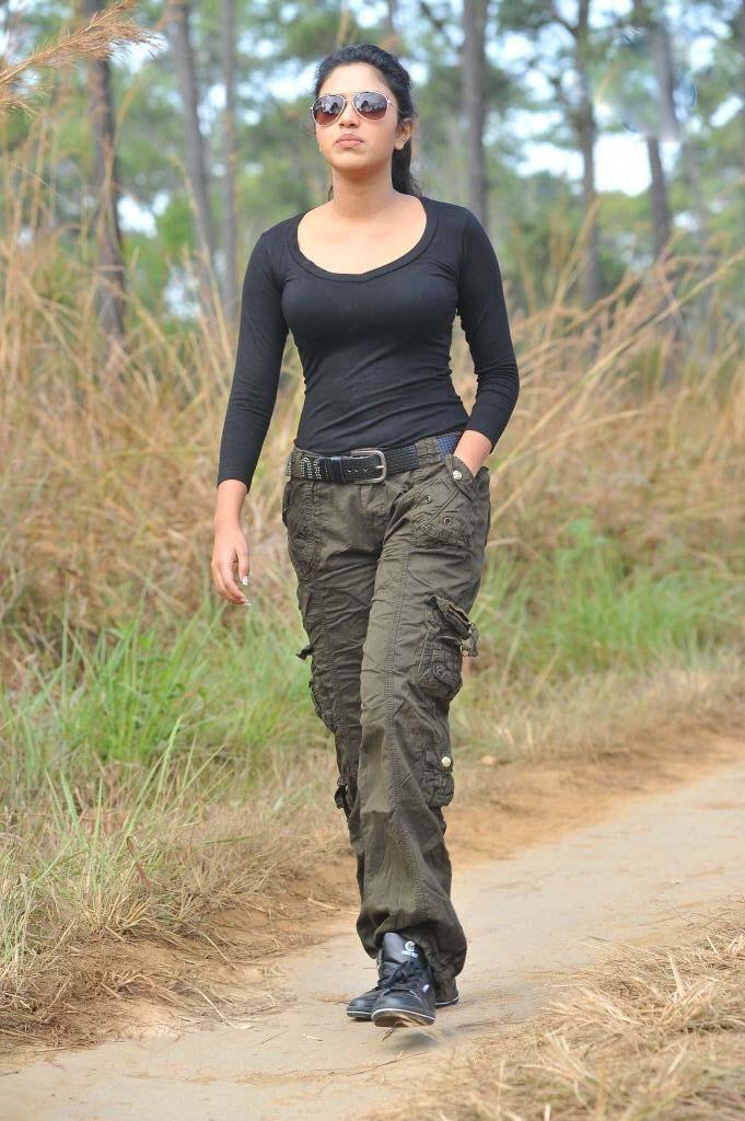 Amala Paul in Black T-...