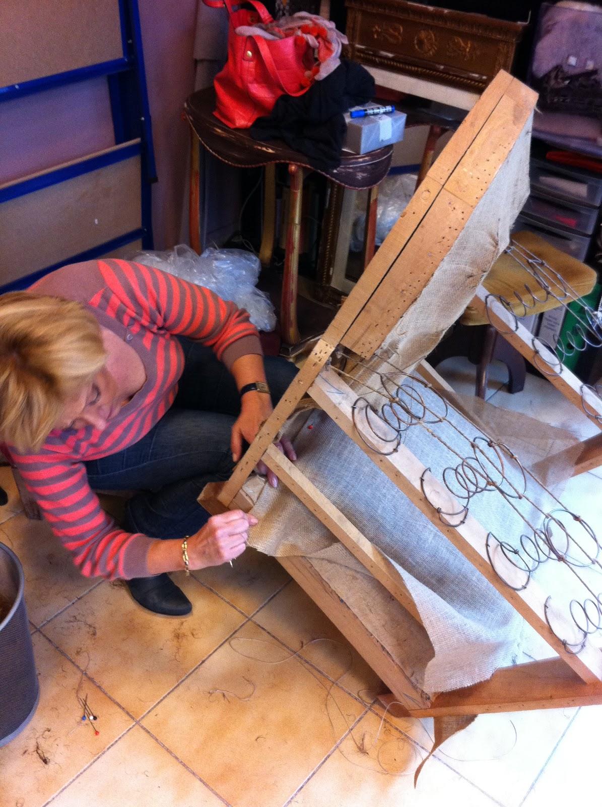 Tapisserie ameublement et restauration mobilier quoi de neuf cette semaine e - Restauration fauteuil crapaud ...