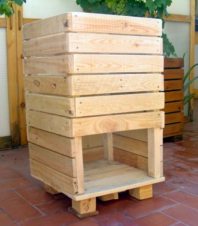 Liberi di decrescere costruire una compostiera artigianale for Costruire compostiera