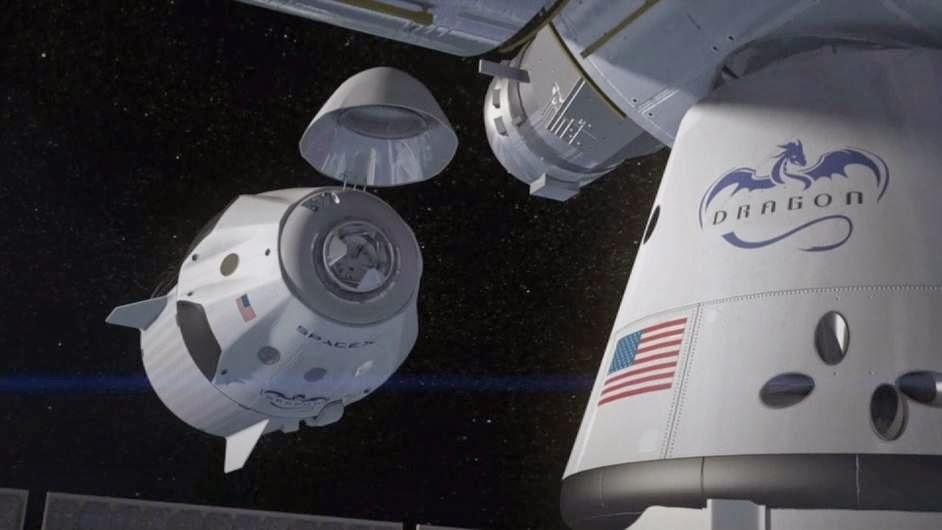"""Το Διαστημόπλοιο """" Dragon """" της εταιρίας SpaceX."""