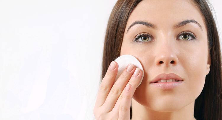 5 produktów, dzięki którym Twoja skóra będzie promienna cały rok