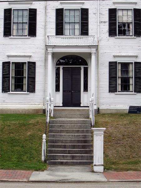 walk portsmouth rundlet may house. Black Bedroom Furniture Sets. Home Design Ideas