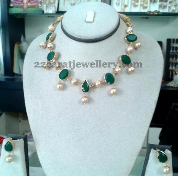 23 Grams Emerald Necklace