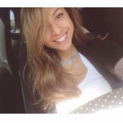 Cantiknya Foto Selfie Nadine Kaiser, Putri Menteri Susi Pudjiastuti