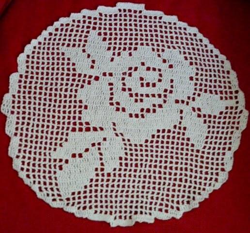 Poduszka z różą + schemat